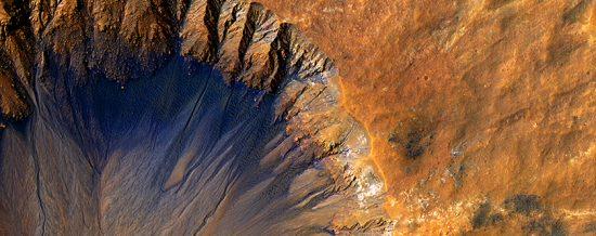 Credit Image: NASA/JPL/University of Arizona